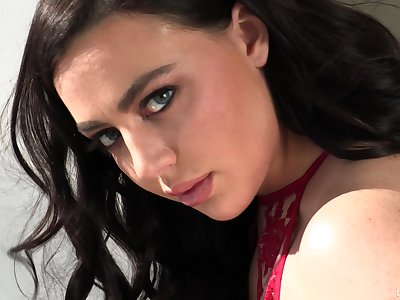 Blue eyed PAWG has an enthusiastic drive for sex and loves DP