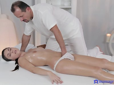 Dude with a stiff dick gives a pussy massage to a dispirited model