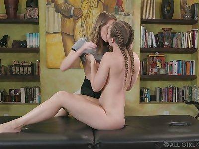 Pretty Cadence Lux loves some sensual homoerotic scissoring