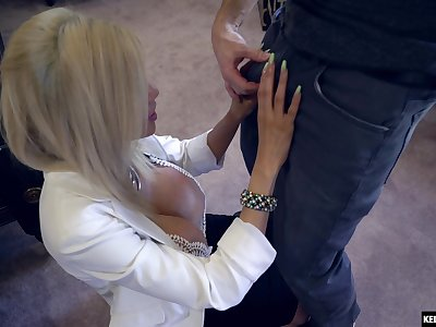 Big boobs blonde Amber Alena cheats on her boyfriend around a stranger